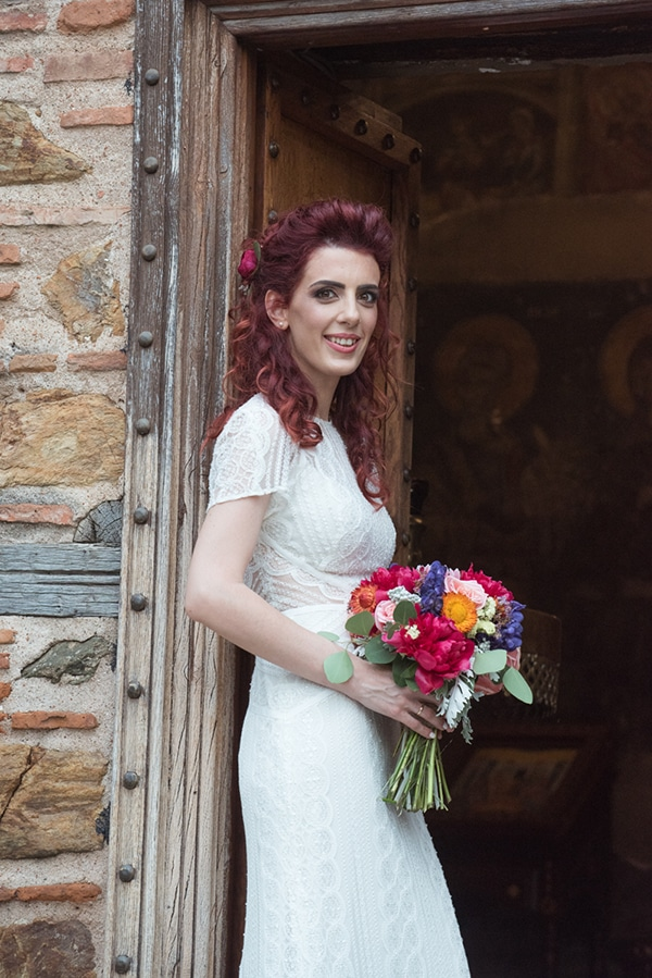 romantic-summer-wedding-thessaloniki-vivid-hues-fuchsia-pink-lilac_02
