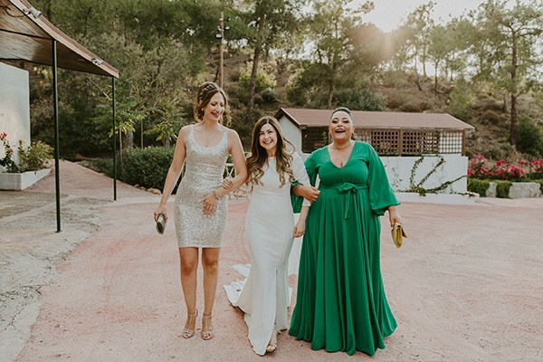 rustic-wedding-cyprus-protea-fairy-lights_15
