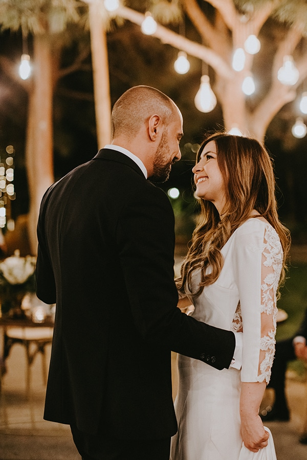 rustic-wedding-cyprus-protea-fairy-lights_29x