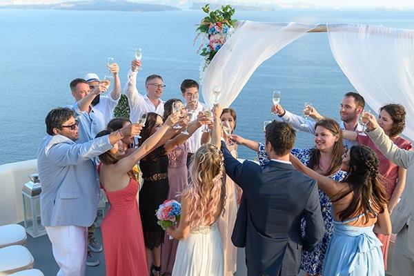 stunning-spring-wedding-santorini-magical-view_14