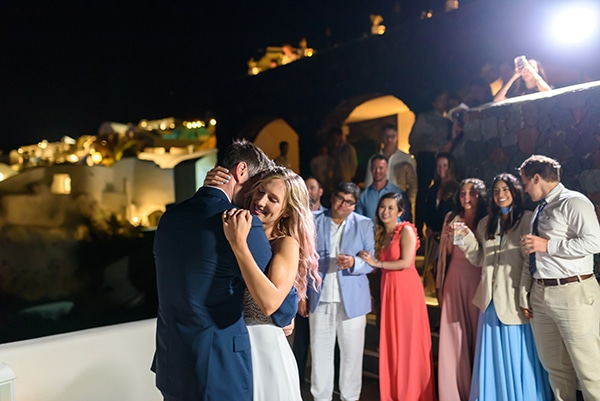 stunning-spring-wedding-santorini-magical-view_19
