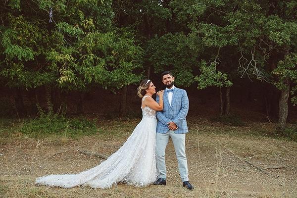 Υπέροχος καλοκαιρινός γάμος στην Χαλκιδική με boem στοιχεία