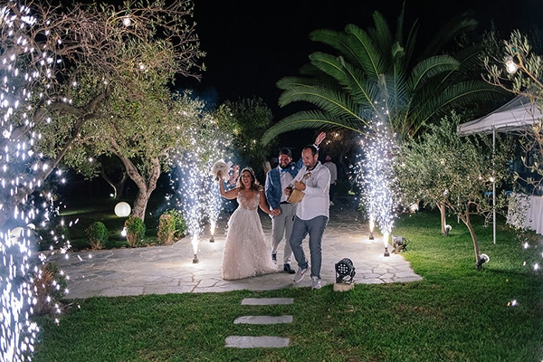 stunning-summer-wedding-chalkidiki-boem-elements-pampas-grass-fairylights_24