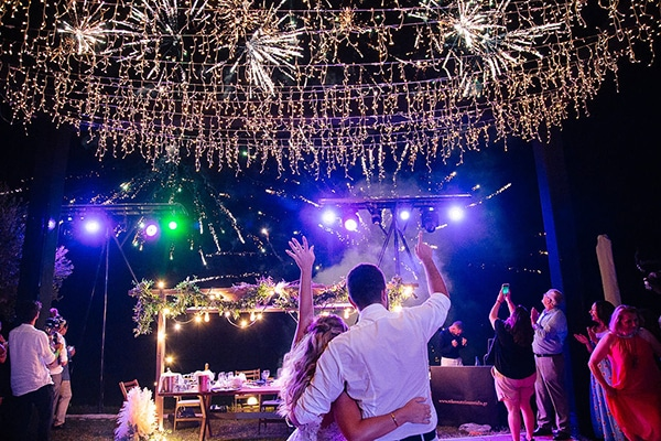 stunning-summer-wedding-chalkidiki-boem-elements-pampas-grass-fairylights_27