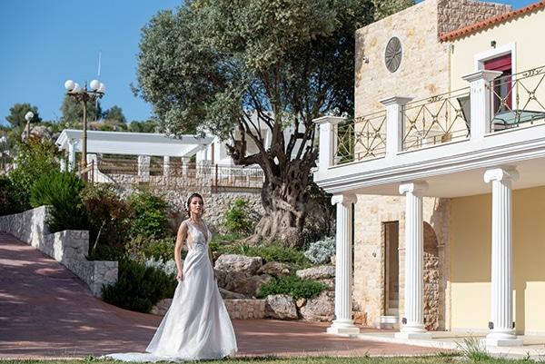 stunning-wedding-dresses-anastasia-deri-bridal-collection-2021_16