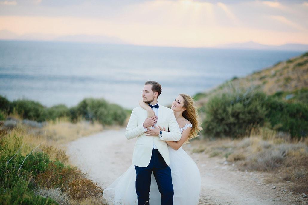 Kαλοκαιρινός γάμος με λευκά άνθη │ Στελλίνα & Νικόλας