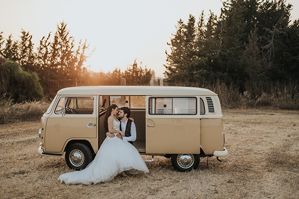 O πιο ρομαντικός γάμος στην Κύπρο με κεριά και fairy lights │ Χρύσω & Αλέξανδρος