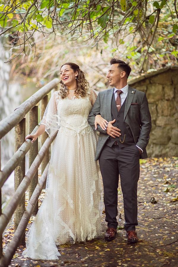 vintage-autumn-wedding-lamia-romantic-details_01x