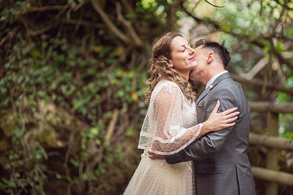 vintage-autumn-wedding-lamia-romantic-details_02x