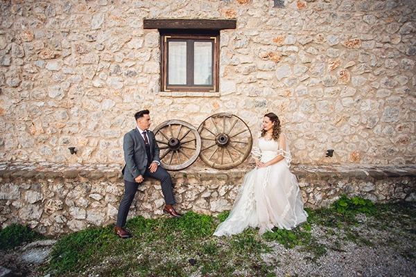 vintage-autumn-wedding-lamia-romantic-details_25x