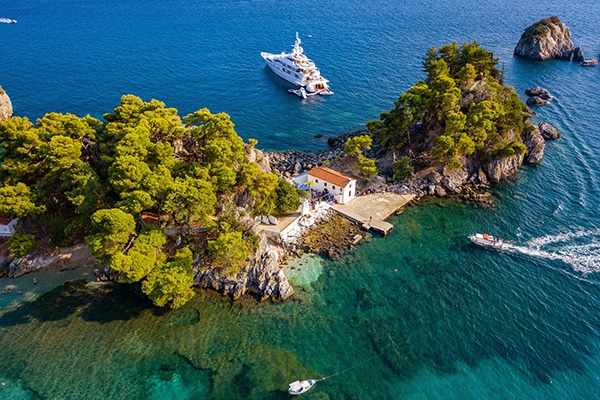 Luxurious-summer-wedding-parga_19x