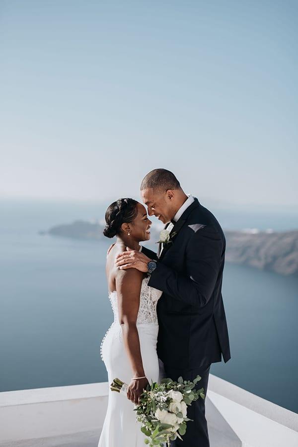 beautiful-wedding-dreamy-view-santorini_02