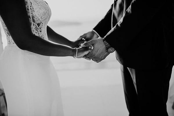 beautiful-wedding-dreamy-view-santorini_08