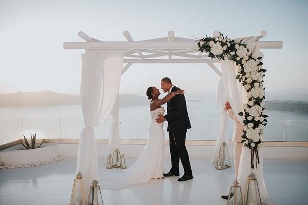beautiful-wedding-dreamy-view-santorini_09