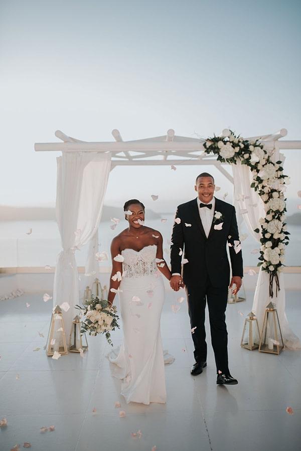 beautiful-wedding-dreamy-view-santorini_10