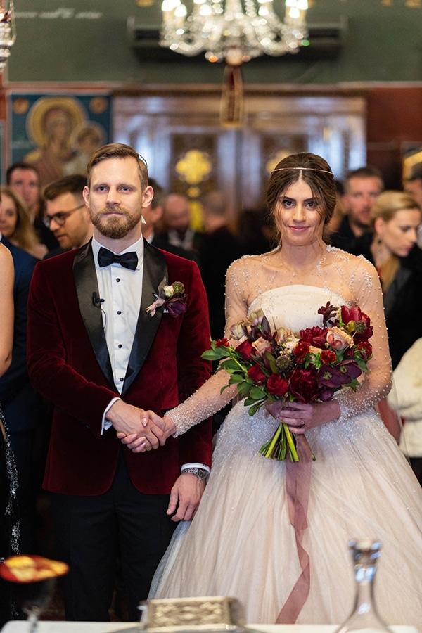 beautiful-winter-wedding-athens-burgundy-hues_08