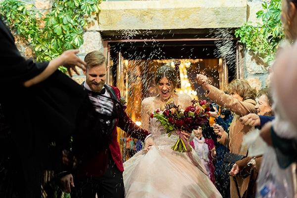 beautiful-winter-wedding-athens-burgundy-hues_11