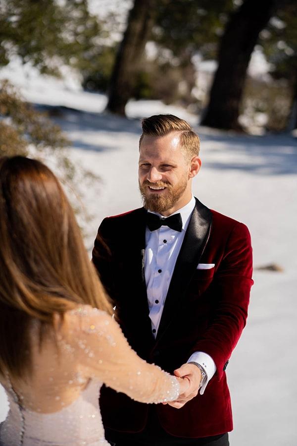 beautiful-winter-wedding-athens-burgundy-hues_17x