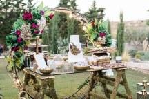 Luxurious διακοσμηση γαμου με χρυσες λεπτομερειες