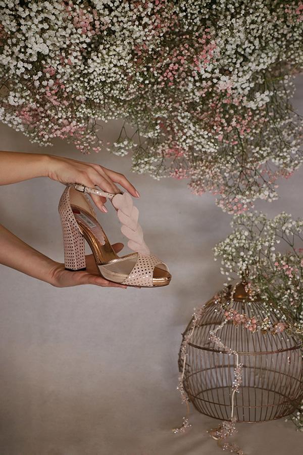 fairytale-bridal-shoes-savrani-creations-floral-patterns-crystals-lace-details_17