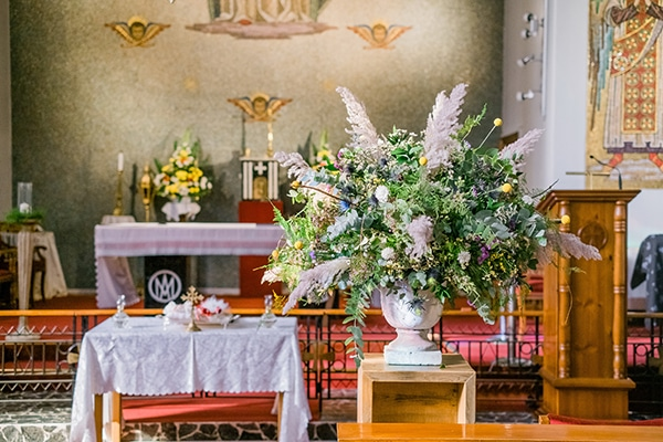 montern-rustic-fall-wedding-nicosia-stunning-floral-design_07x