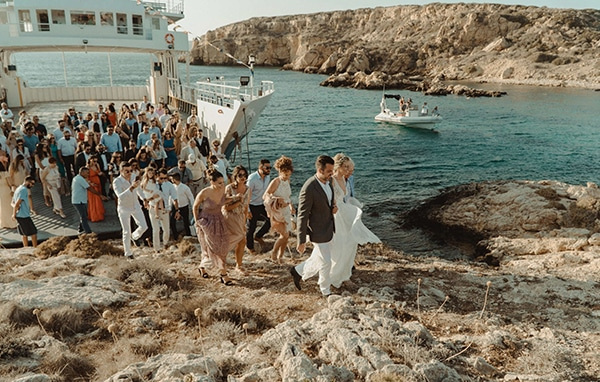 most-romantic-fall-wedding-antiparos-magical-view_09