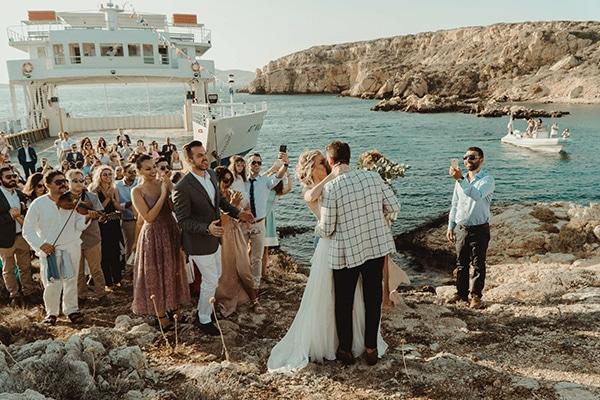 most-romantic-fall-wedding-antiparos-magical-view_10