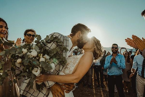 most-romantic-fall-wedding-antiparos-magical-view_13