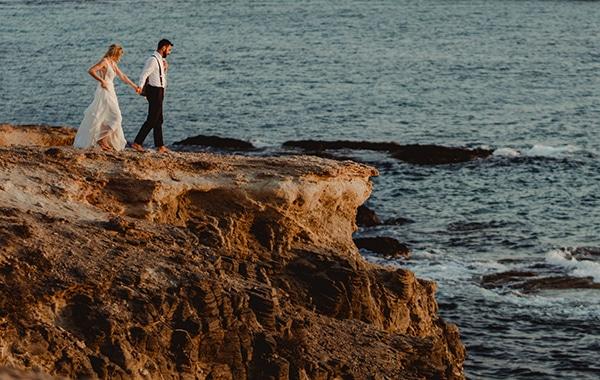 most-romantic-fall-wedding-antiparos-magical-view_17