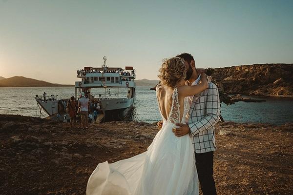 most-romantic-fall-wedding-antiparos-magical-view_17x