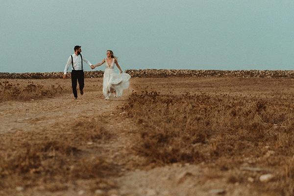 most-romantic-fall-wedding-antiparos-magical-view_18