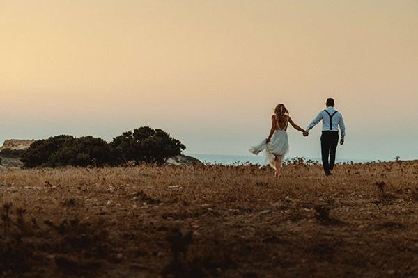 most-romantic-fall-wedding-antiparos-magical-view_19