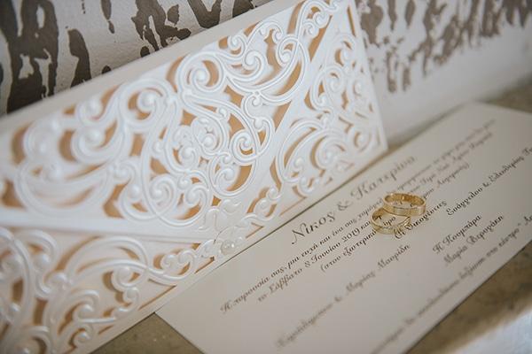 outdoor-summer-wedding-crete-white-gold-hues_03x