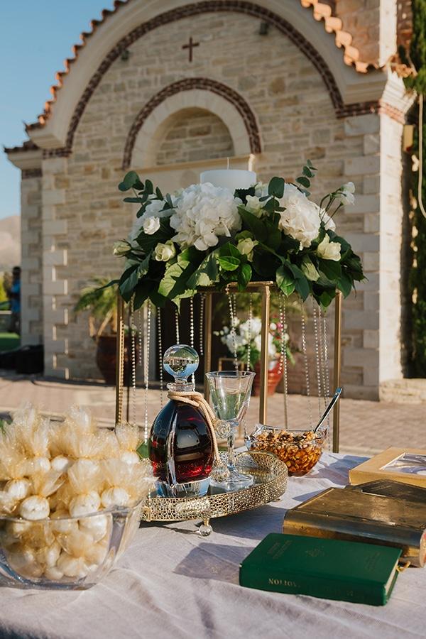 outdoor-summer-wedding-crete-white-gold-hues_12x