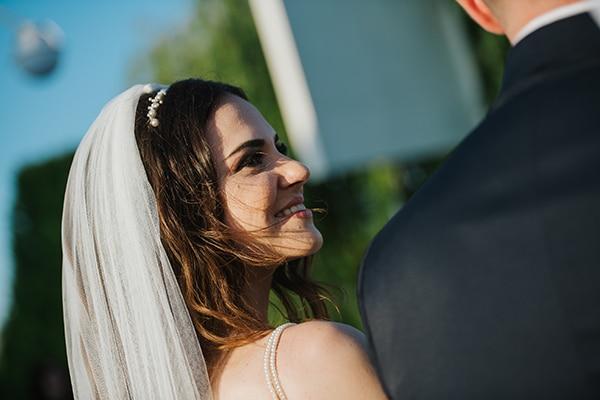 outdoor-summer-wedding-crete-white-gold-hues_19