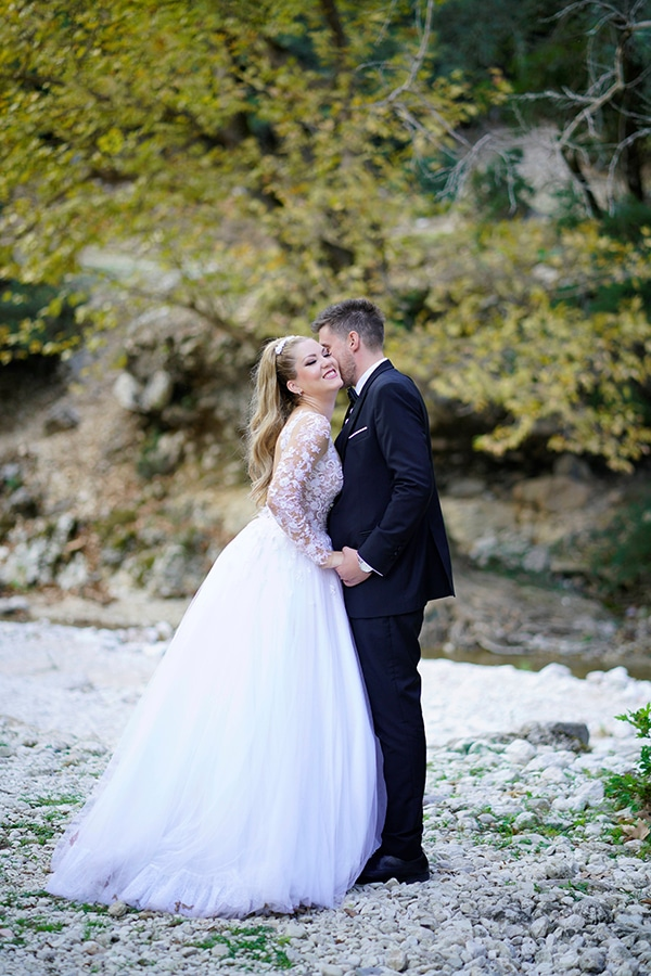 romantic-fall-wedding-igoumenitsa-beautiful-floral-design_01x