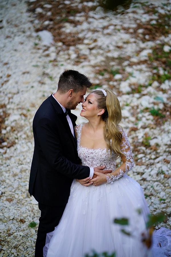 romantic-fall-wedding-igoumenitsa-beautiful-floral-design_02x