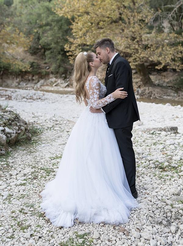 romantic-fall-wedding-igoumenitsa-beautiful-floral-design_03x