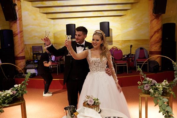 romantic-fall-wedding-igoumenitsa-beautiful-floral-design_38