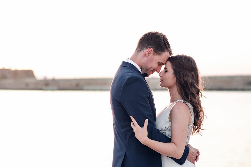 Rustic καλοκαιρινός γάμος στην Κρήτη με ελιά και ρομαντικές λεπτομέρειες │ Stella & Alexander