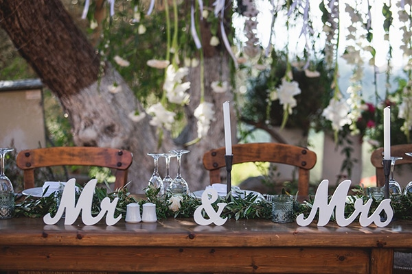 rustic-summer-wedding-crete-olives-romantic-details_13x