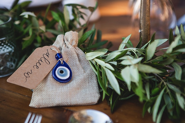 rustic-summer-wedding-crete-olives-romantic-details_15