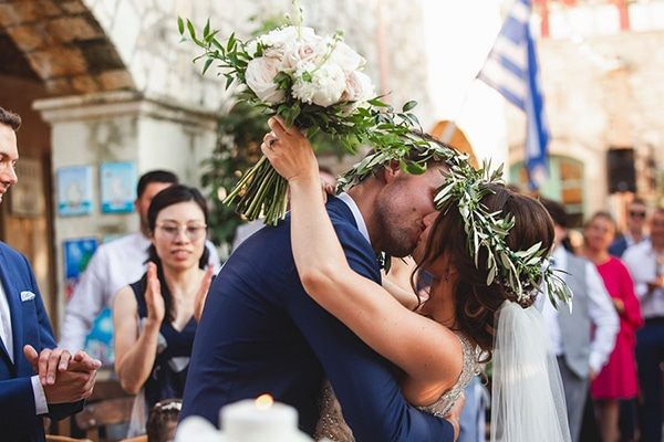 rustic-summer-wedding-crete-olives-romantic-details_26x