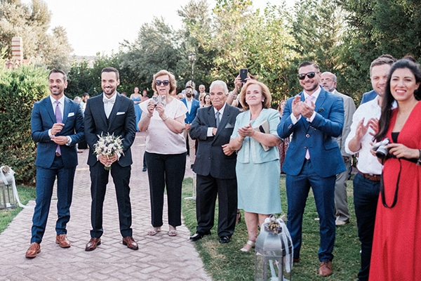 stunning-summer-wedding-athens-lavender-wheats-romantic-details_21
