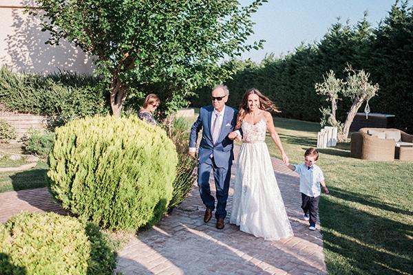 stunning-summer-wedding-athens-lavender-wheats-romantic-details_22