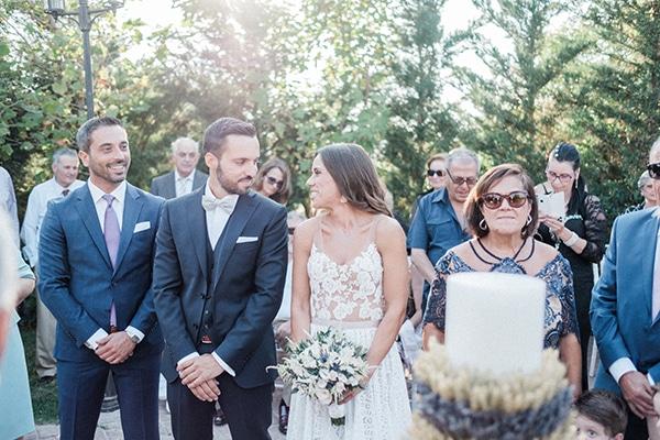 stunning-summer-wedding-athens-lavender-wheats-romantic-details_24