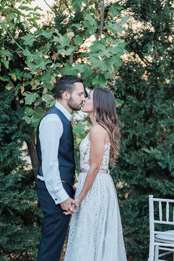 stunning-summer-wedding-athens-lavender-wheats-romantic-details_29