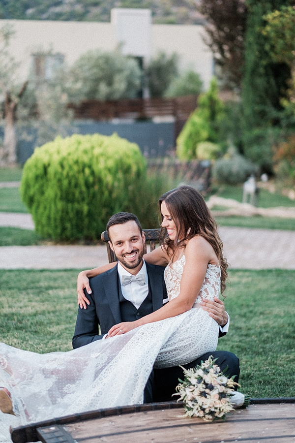 stunning-summer-wedding-athens-lavender-wheats-romantic-details_38