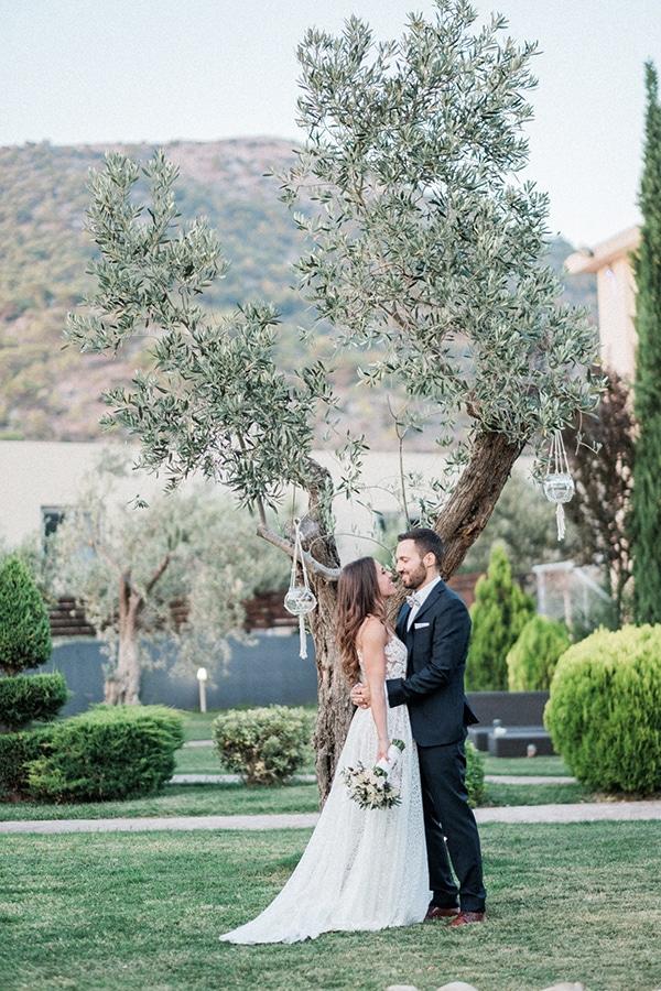 stunning-summer-wedding-athens-lavender-wheats-romantic-details_40