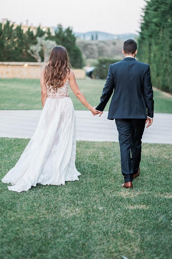 stunning-summer-wedding-athens-lavender-wheats-romantic-details_40x